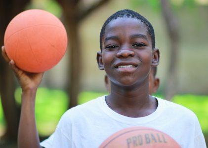 Comment motiver ses enfants à faire du sport et être actifs ?