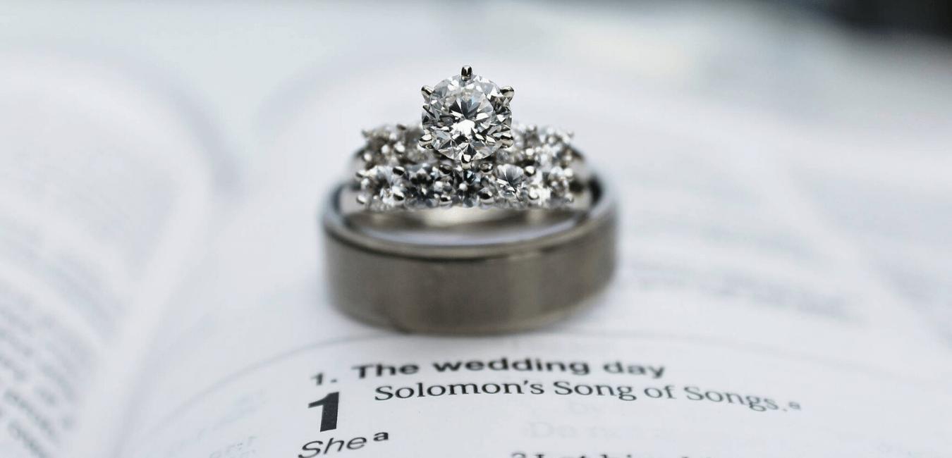 Alliance diamant, quel métal choisir pour ce bijou précieux ?