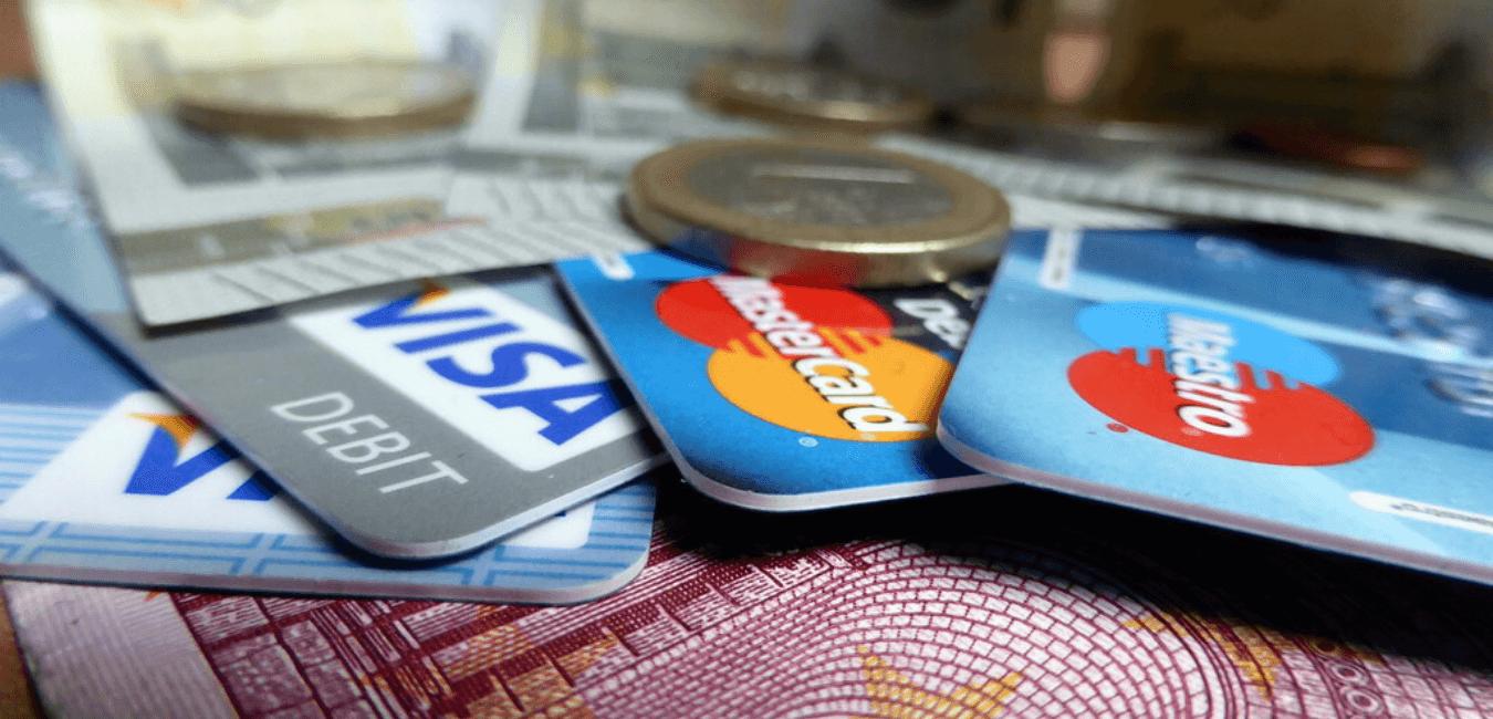 Faire opposition bancaire, qui contacter ?